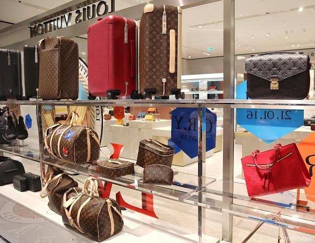 Louis Vuitton pop-up store in Bijenkorf Rotterdam suitcases