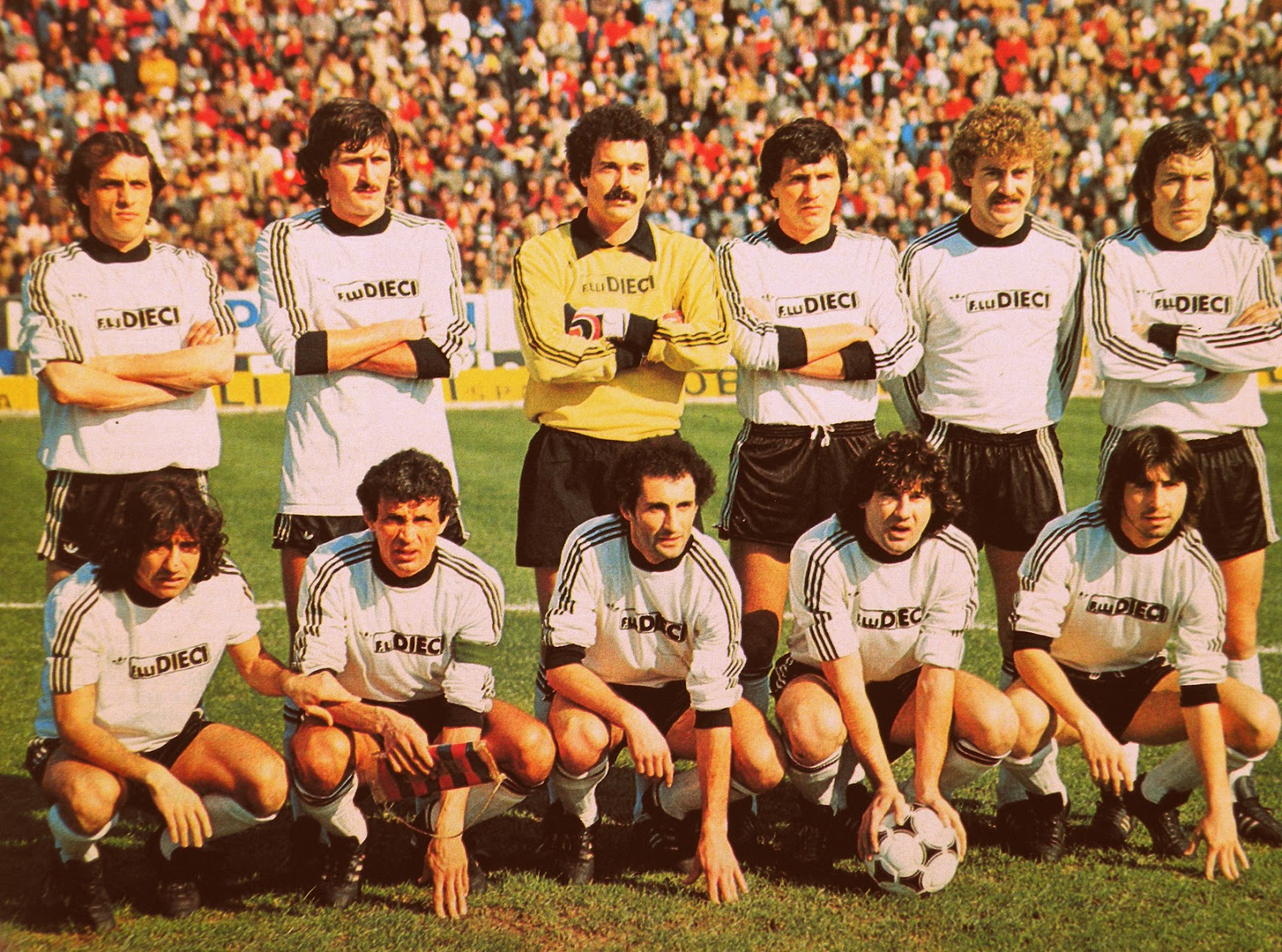 CESENA 1981-82. By Panini.