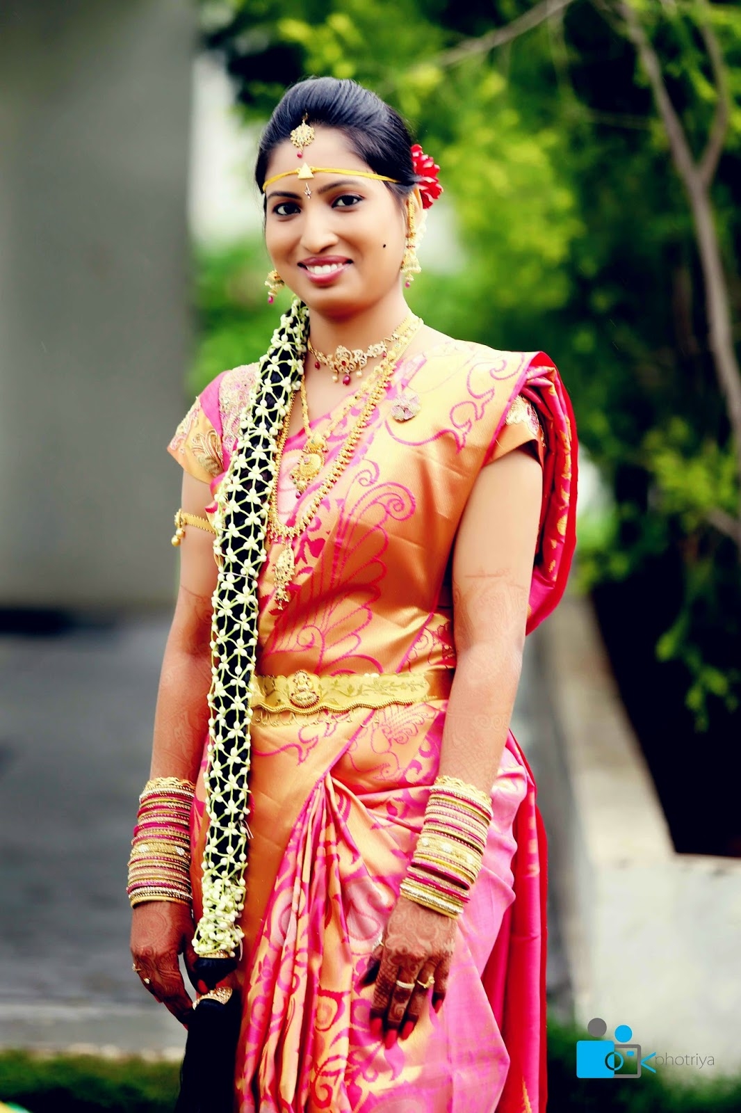 Incredible Pelli Poola Jada Southindian Bridal Hairstyles With Flowers Hairstyle Inspiration Daily Dogsangcom