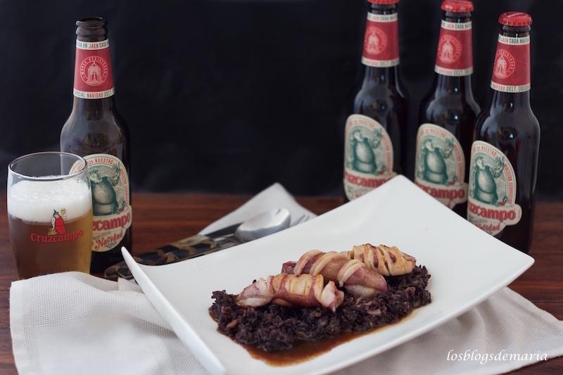 Arroz negro con calamares a la cerveza