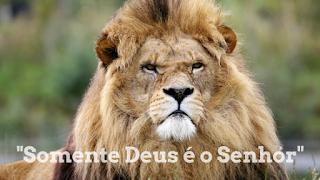 Deus é o Rei