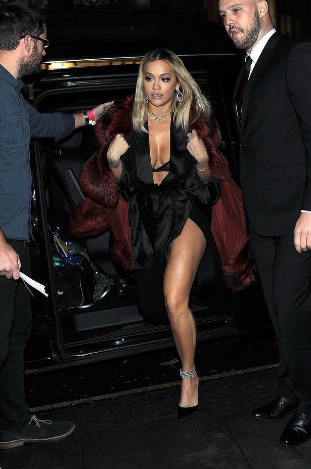 FAMEFLYNET-Rita-Ora-Spotted-As-She-Arrives-At-The-Tenezis-Oxford-Circus-In-London