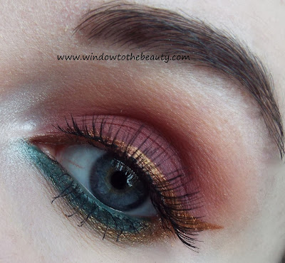 Burgundy gold makeup