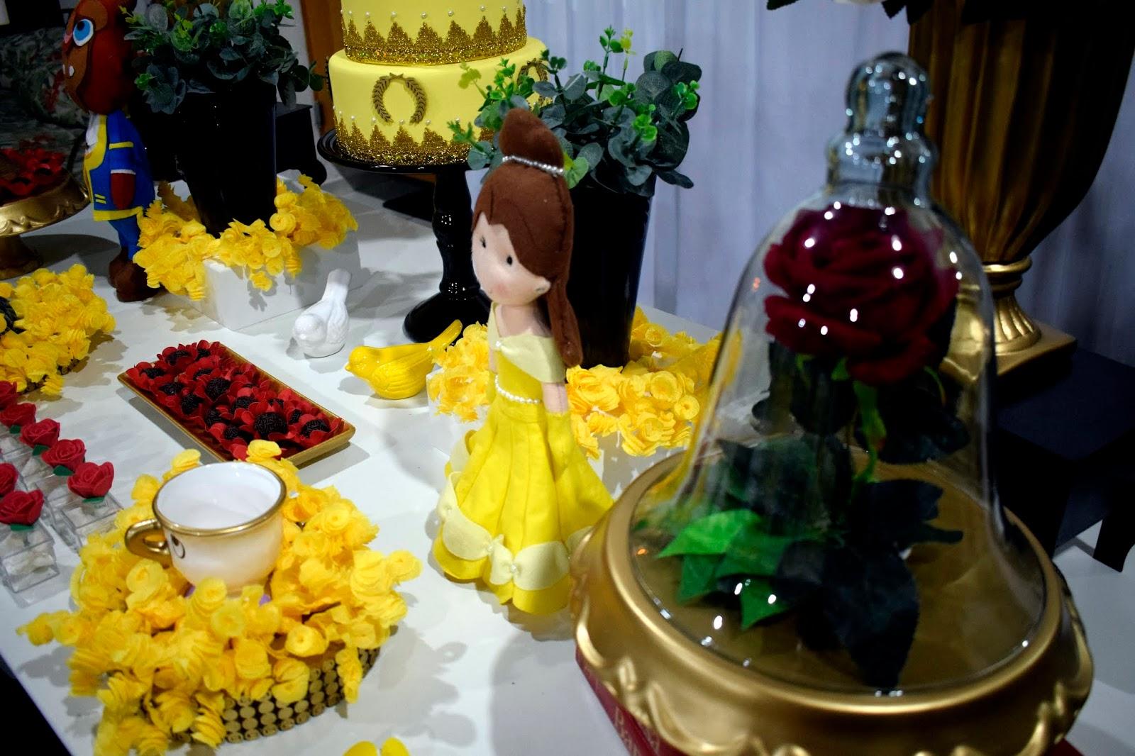decoração de festa a bela e a fera