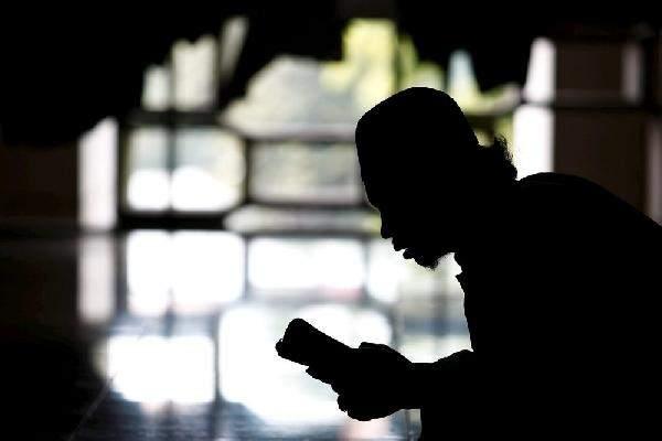 kisah penghafal al-quran yang durhaka kepada orang tua