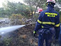 požar Povlja slike otok Brač Online