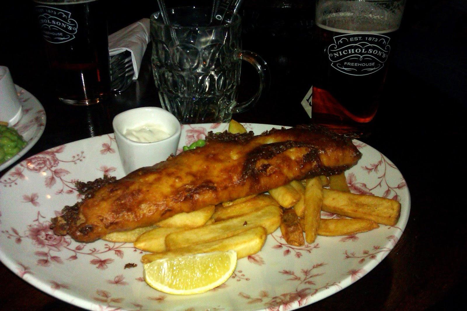 "Fish&chips en ""The Old Bell Tavern"""