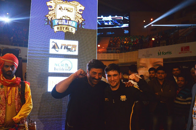 Sunny Deol flexin over Punjab Royal's Captain Wrestler's win Vladimir Khinchegashvili-