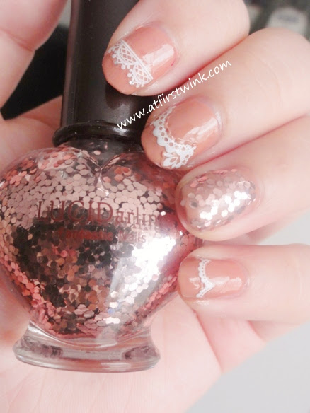 Etude House LuciDarling Fantastic nails - 05 darling pink sequins on accent nail