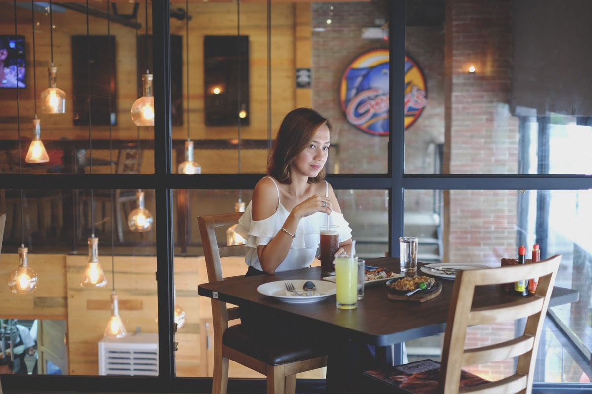 Cebu Fashion Bloggers, Cebu Bloggers, fashion bloggers, food bloggers, beauty blogger, beauty bloggers, cebu beauty blogger, cebu beauty bloggers, lifestyle bloggers, asian blogger, cebu, philippines, social influencer, online influencer, philippine bloggers, philippine fashion bloggers, toni pino-oca, Cebu Fashion Bloggers network, cebu fashion blogger, cebu bloggers society, cebu blogger, online shopping, fujifilm philippines, fujifilm xt-10, cebu style blogger, cebu style bloggers, cebu style blog, Gerry's Grill Island Central Mactan, Where to Eat in Cebu, Where to Eat in Lapu-Lapu City, Best Restaurants in Lapu-Lapu City