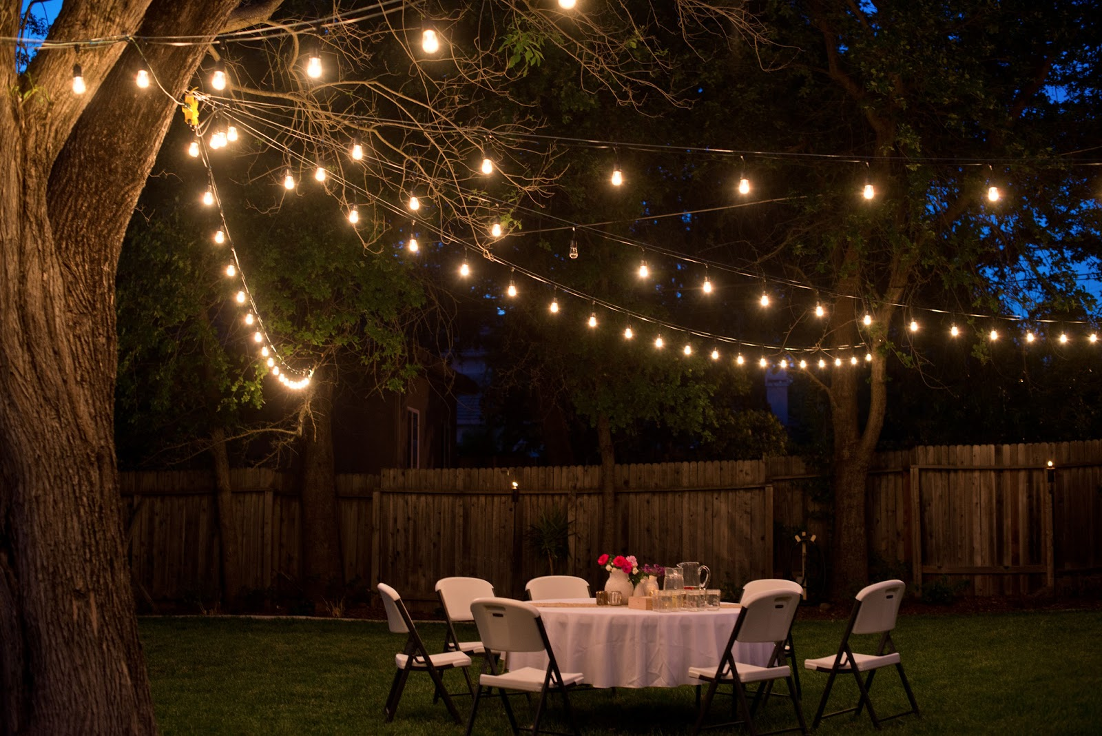Party Lighting Ideas: Domestic Fashionista: Backyard Anniversary Dinner Party