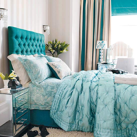 Decorating The Bedroom With Green Blue And Purple: Bedroom Design Decor: Bright Teal Blue Bedroom