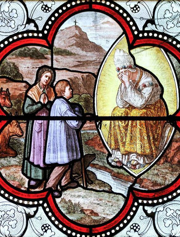 Vitral na Basílica de Lourdes