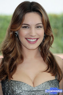 كيلي بروك (Kelly Brook)، ممثلة وعارضة إنجليزية