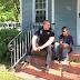 El niño quiere huir de casa – entonces el policía mira dentro de la casa y descubre algo INCONCEBIBLE !!