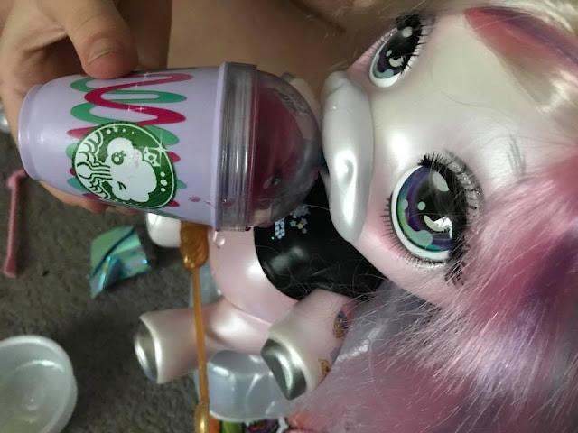 poopsie-unicorn-surprise-feeding