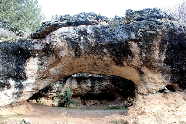 Orificio en la roca