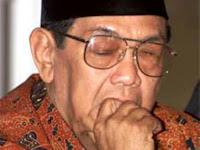 Kisah Kiai Hasyim 20 Tahun Mendampingi Gus Dur