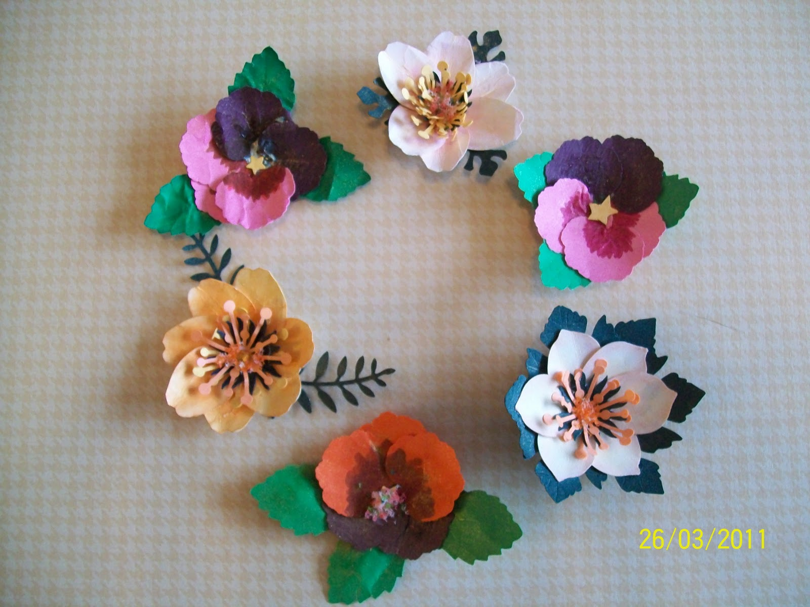 Bobbkats Hobby Blog More Flower Making With Stampin Chix