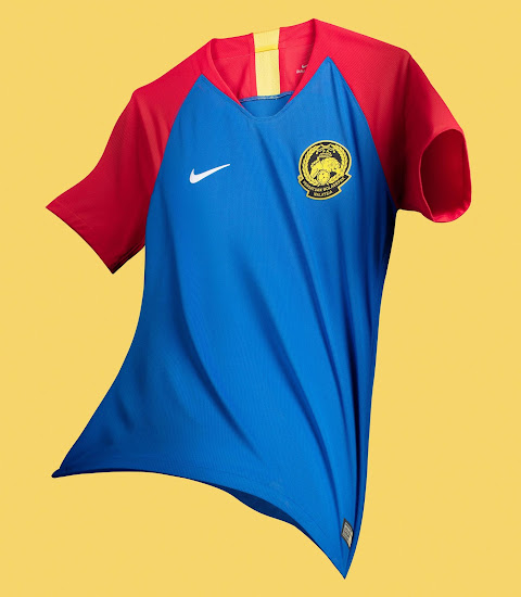 e63344e3b3d8 Stunning Nike Malaysia 2018-19 Home   Away Kits Released - Footy ...