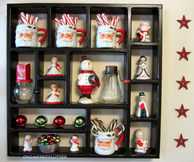 Kitchy Kitchen Decor: A Rustic Christmas Shadow Box