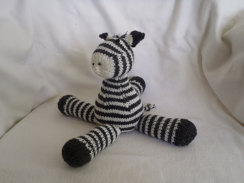Stanas Critters Etc.: Knitting Pattern for Zeke, the baby ...