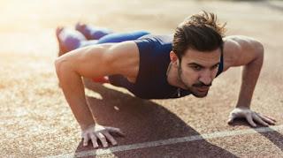 Tips Lebih Hebat di Ranjang dengan Gerakan Olahraga