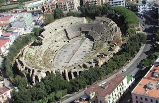 Anfiteatro Flavio en Campania - Campi Flegrei