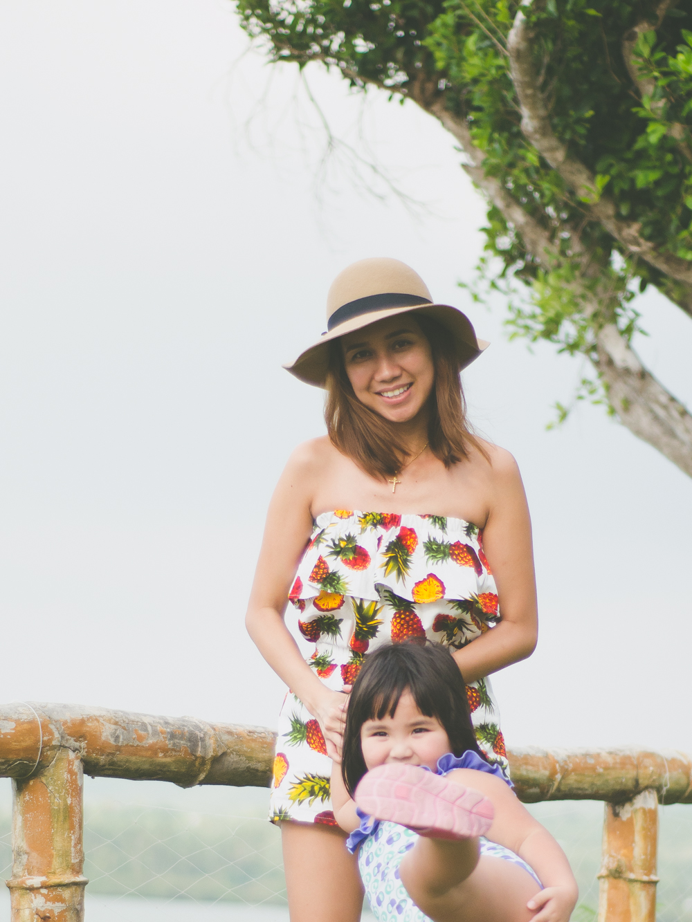 Cebu Fashion Blogger, Cebu Blogger, Co-ords, Co-ord set for women, How to wear co-ords, Cebu Fashion Bloggers, Cebu Bloggers, Lets Stylize, Cebu Summer Destinations, Cebu Beaches, Cebu Destinations, Toni Pino-Oca, Floppy hat, pineapple prints, People Footwear