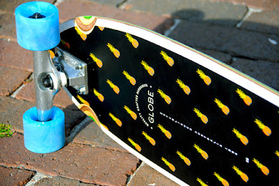 pineapples skateboard
