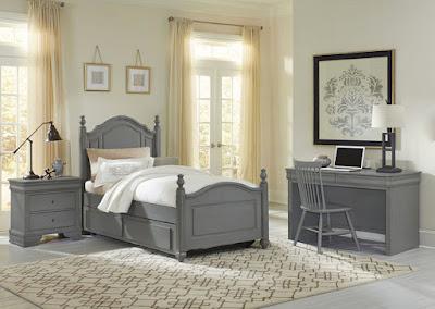 Vaughan-Bassett kids' room set
