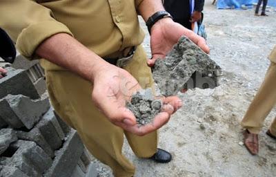 Batako Pembangunan Masjid Raya Berkualitas Buruk