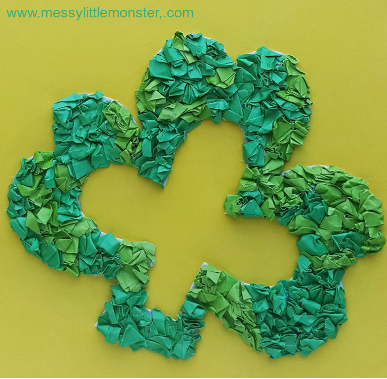 Shamrock paper wreath craft with printable shamrock template.