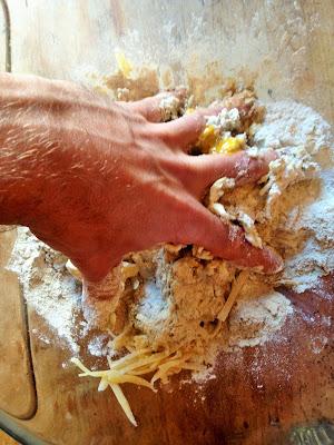 salers tradition, recette cantal, recette salers, blog fromage, la laiterie de paris, blog fromage maison, faire du fromage, salers tradition, fabrication salers, fabrication cantal, sablé au fromage