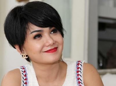 Yuni Shara Artis Indonesia Yang Awet Muda