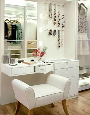 white modern dressing table design for small bedroom interior