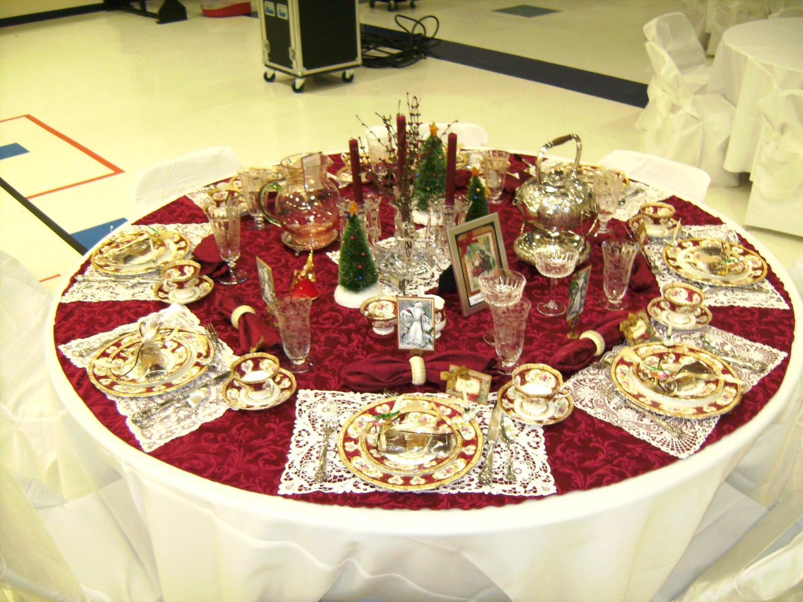Relevant Tea Leaf 2008 Christmas Tea Tablescapes