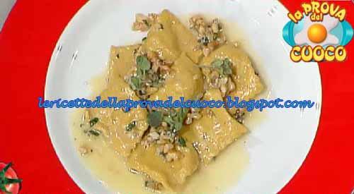 Ricetta Ravioli Gorgonzola E Noci.Ravioli Ripieni Di Gorgonzola E Noci Ricetta Martino Scarpa Da La Prova Del Cuoco