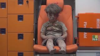 Il video del bimbo siriano di Aleppo sta scioccando il mondo