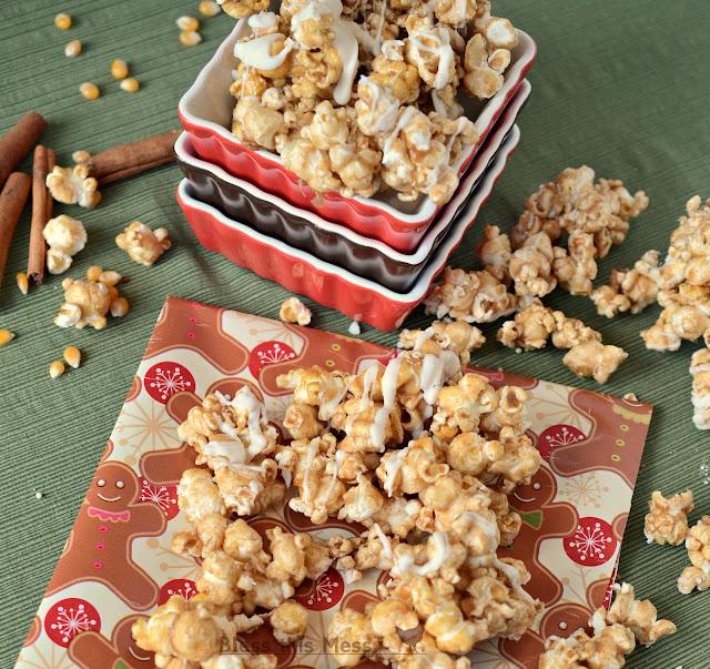 caramel corn with cinnamon, cinnamon popcorn, popcorn with white chocolate, popcorn with cinnamon and chocolate