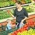 """ATENȚIE! Cele mai """"OTRĂVITE"""" fructe și legume de pe piață"""