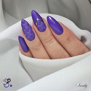 http://snaily-nails.blogspot.com/2018/01/snaily-i-dora-maluja-fiolet.html