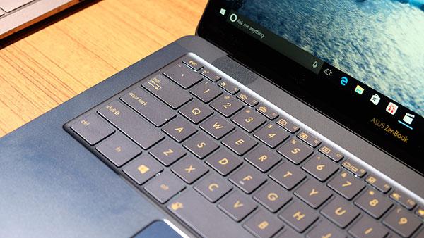 لاب توب ZenBook 3 Deluxe