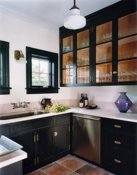 Confetti and Stripes: black kitchen cabinets