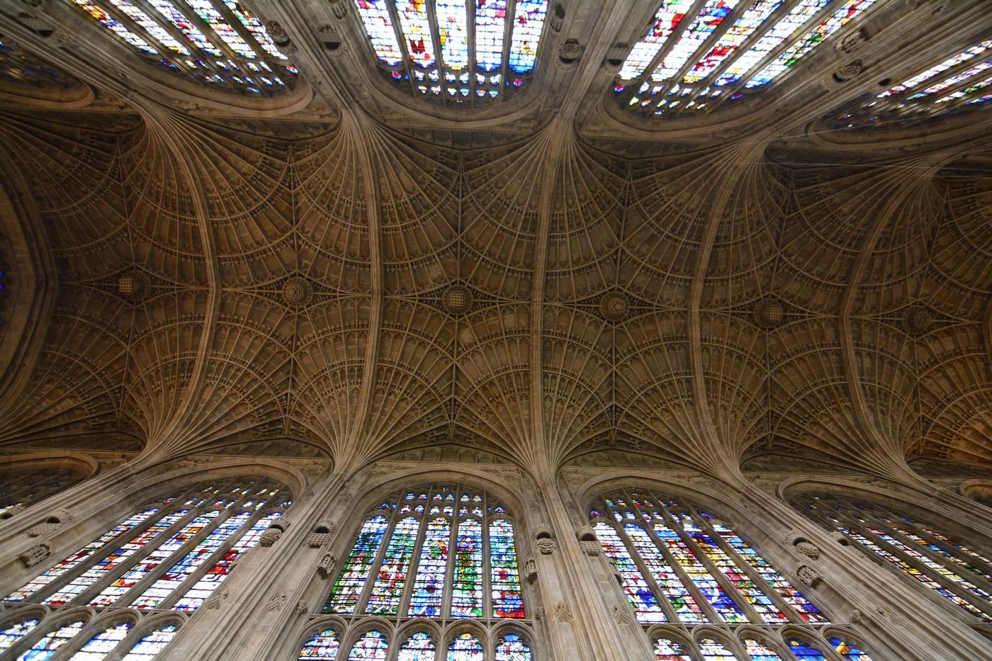 Le chef-d'oeuvre est cette voûte ouvragée du XVIème siècle, dont la longueur constitue un record mondial !