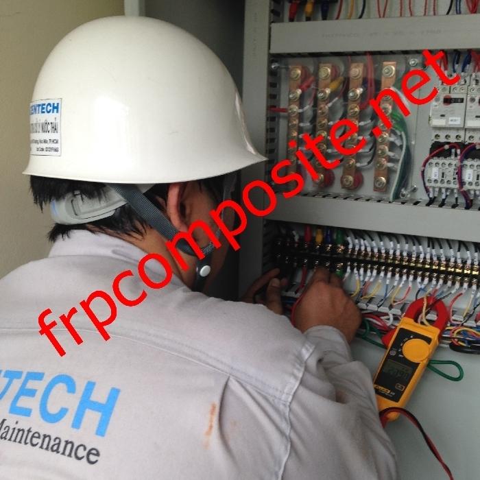 Kiểm tra tủ điện hệ thống xử lý nước thải