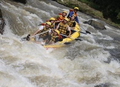 Arung Jeram Rafting Bogor