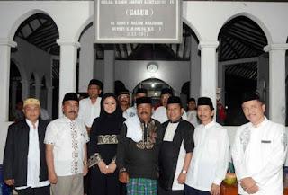 Suara Keras Terdengar dari Makam Manggung Jaya Karawang
