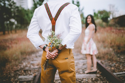Cara menyatakan cinta kepada lawan jenis