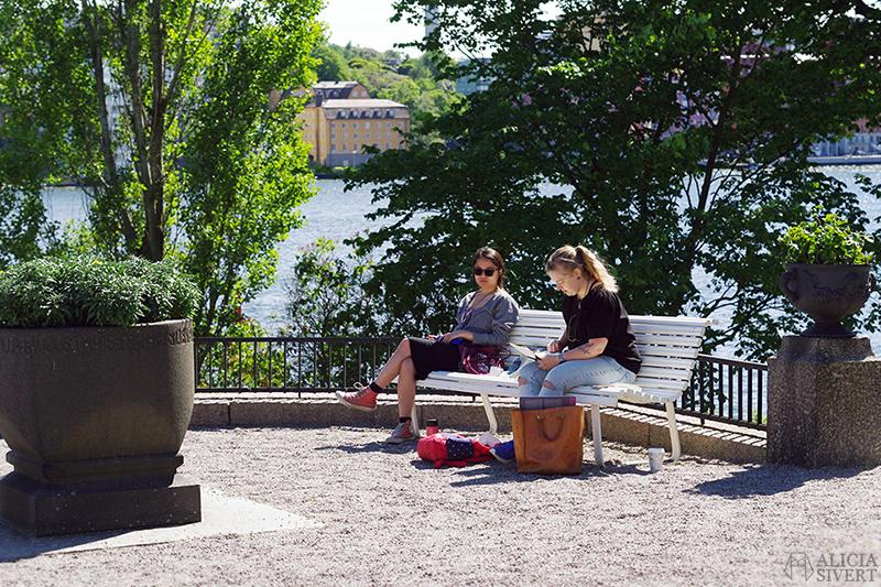 aliciasivert alicia sivert alicia sivertsson djurgården stockholm utflykt utflyktsmål prins eugens waldemarsudde måla teckna teckning måleri friluftsmåleri utomhus i park parken museipark museiparken